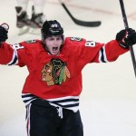 Patrick Kane extends point streak to 26 games