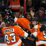 Flyers overcome 3-0 deficit, defeat Blues 4-3