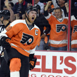 Claude Giroux records 500th career point