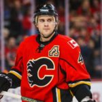 Oilers sign defenseman Kris Russell to one-year deal